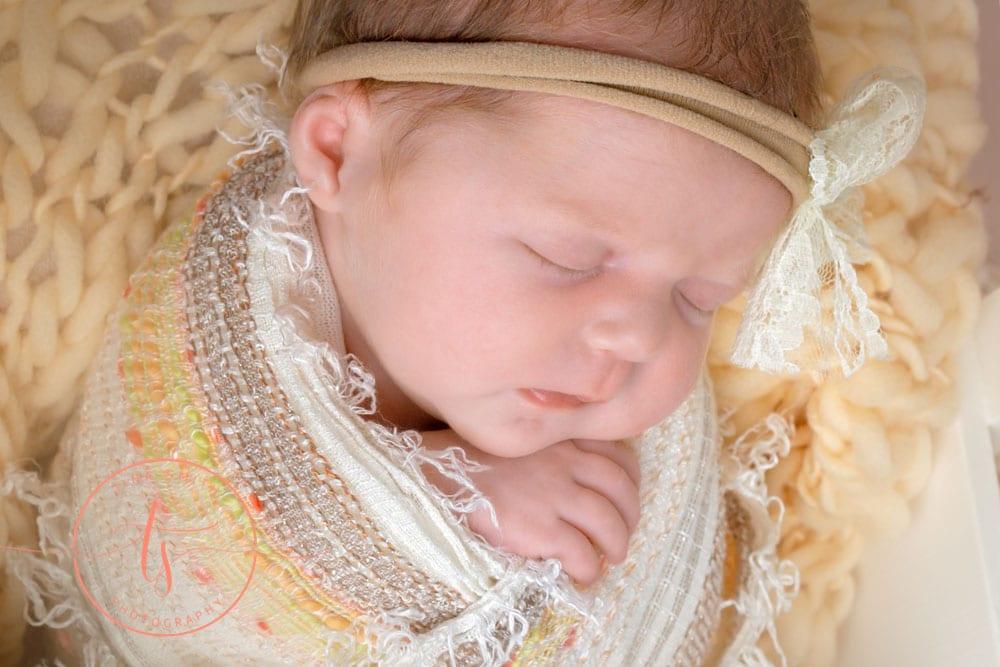 newborn photographer crestview
