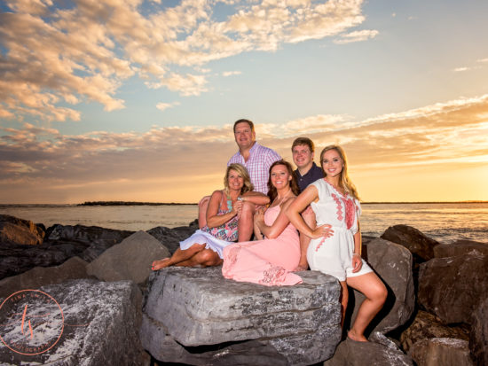 destin beach photography family on rocks